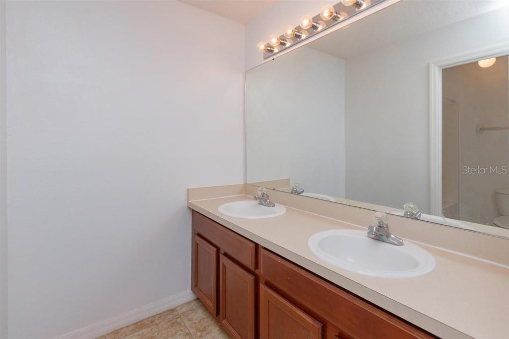 1718 J Lawson Boulevard Property Photo 22