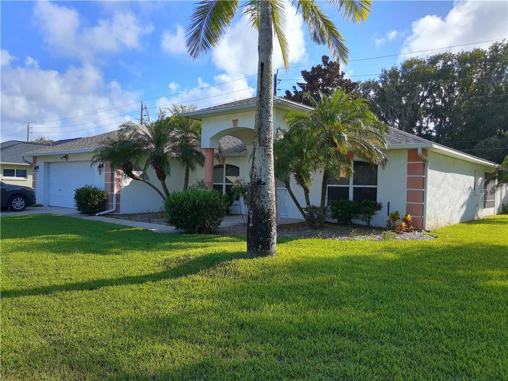 6 SPINNAKER CIRCLE Property Photo - SOUTH DAYTONA, FL real estate listing