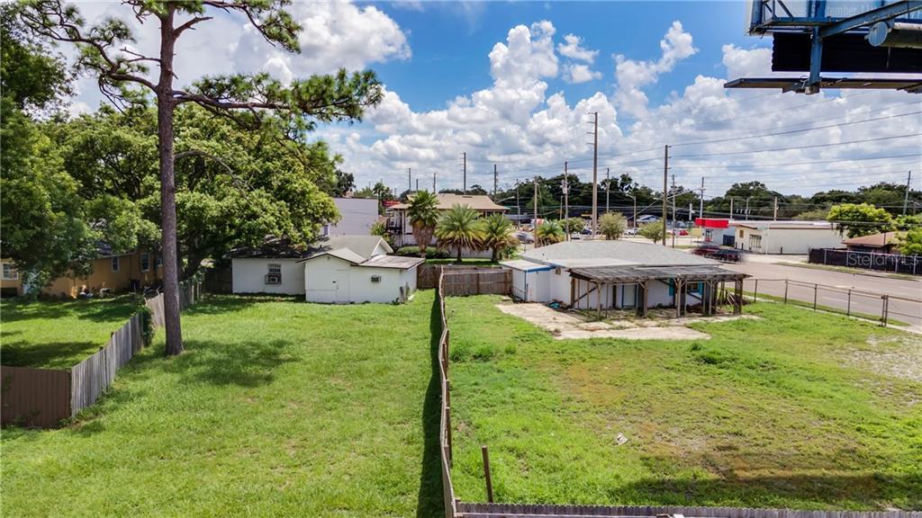 7335 Aloma Avenue Property Photo
