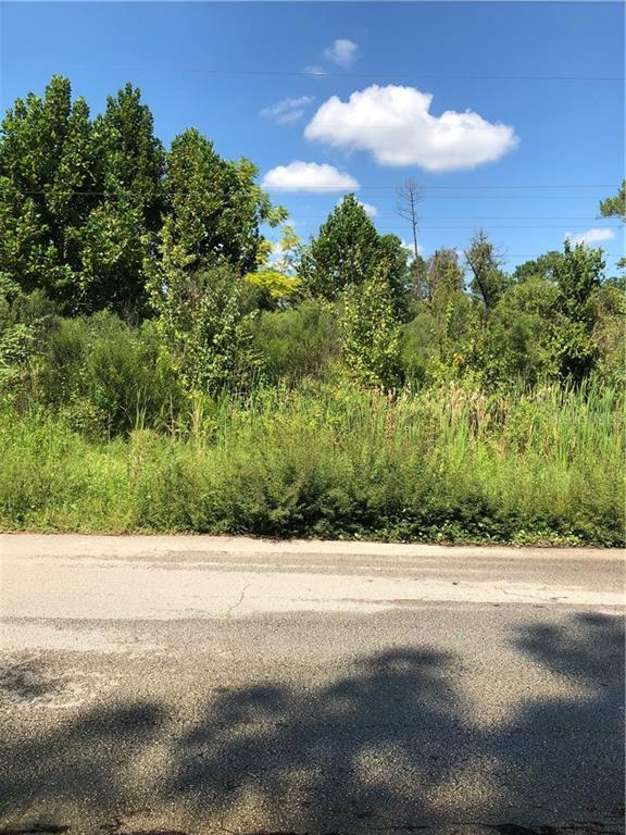 E Triangle Drive Property Photo