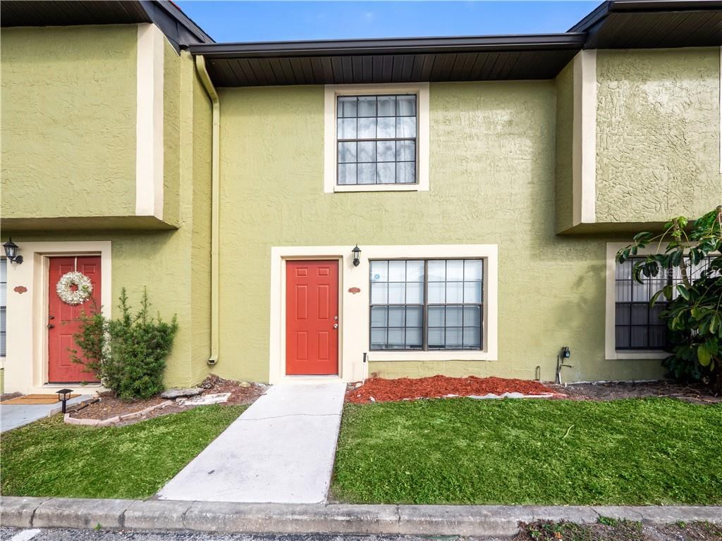 7329 CEDAR CREEK COURT #73 Property Photo - WINTER PARK, FL real estate listing