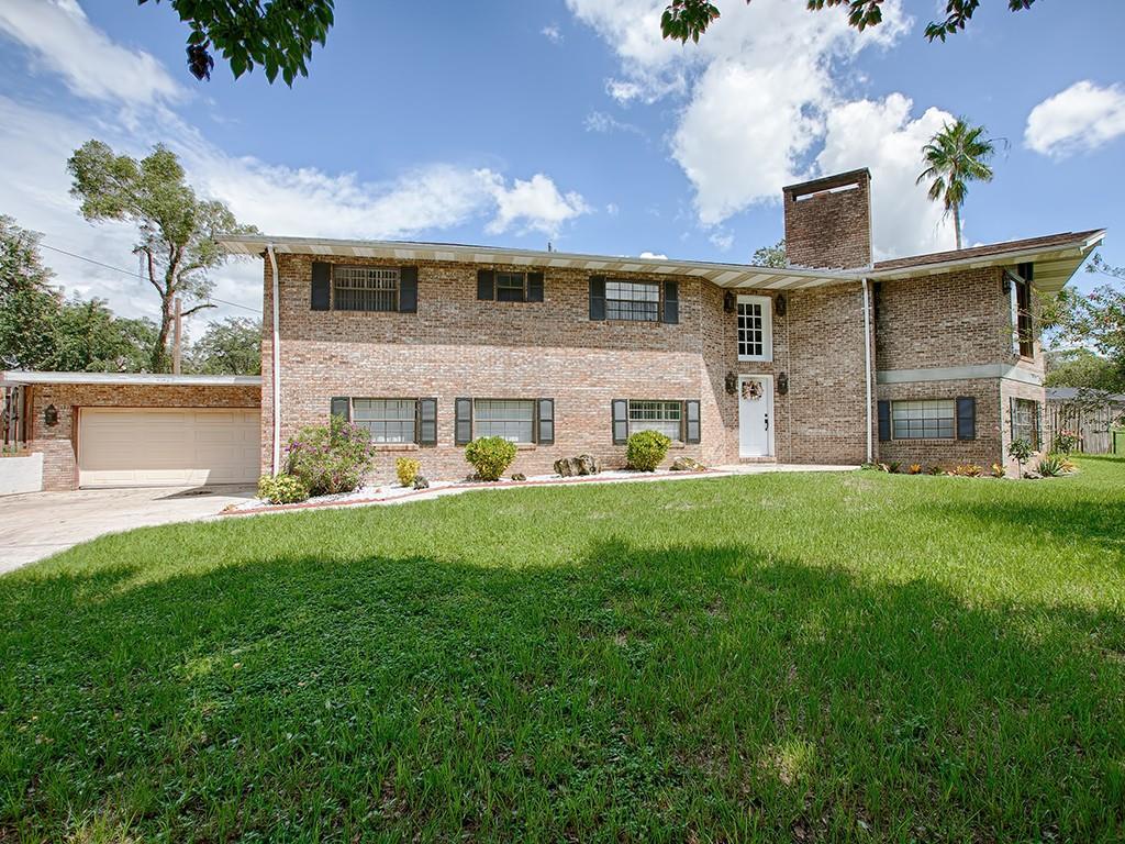 41420 SILVER DRIVE Property Photo - UMATILLA, FL real estate listing