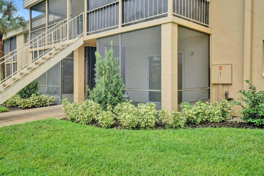 1000 LAKE OF THE WOODS BOULEVARD #E103 Property Photo - FERN PARK, FL real estate listing