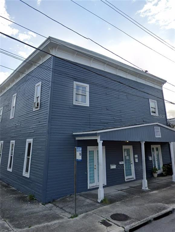 1221 E Columbus Drive Property Photo