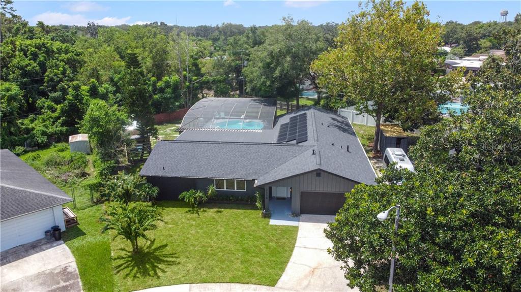 2538 WINNEBAGO CT Property Photo - FERN PARK, FL real estate listing