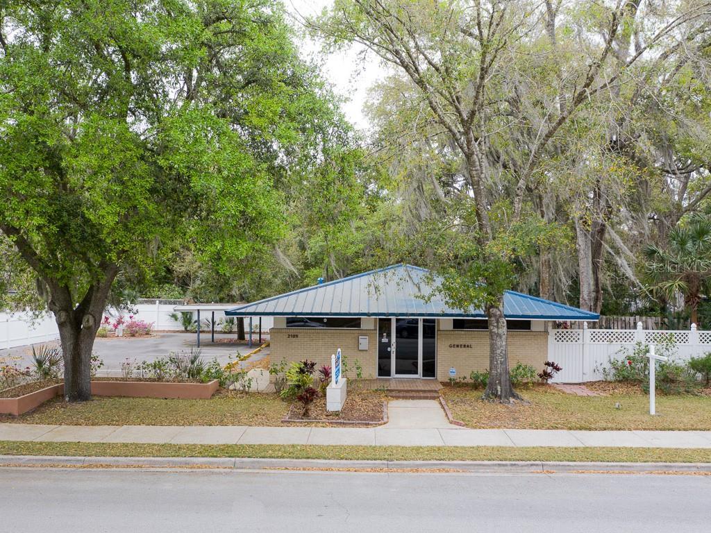 2105 S PARK AVENUE Property Photo - SANFORD, FL real estate listing