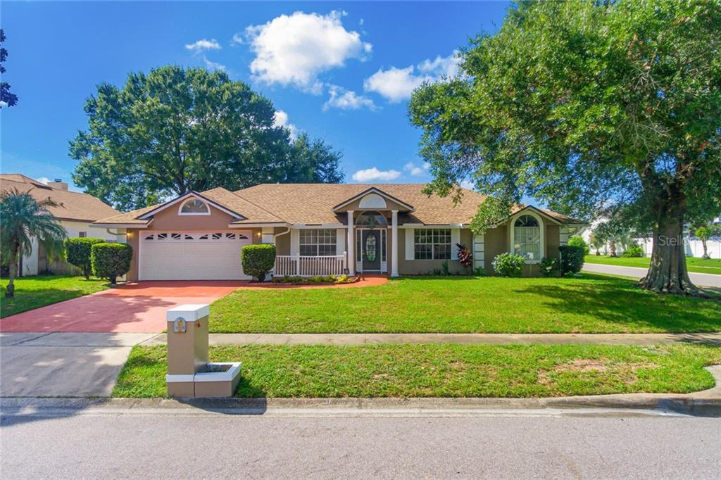 8562 WHITE ROSE DRIVE Property Photo - ORLANDO, FL real estate listing