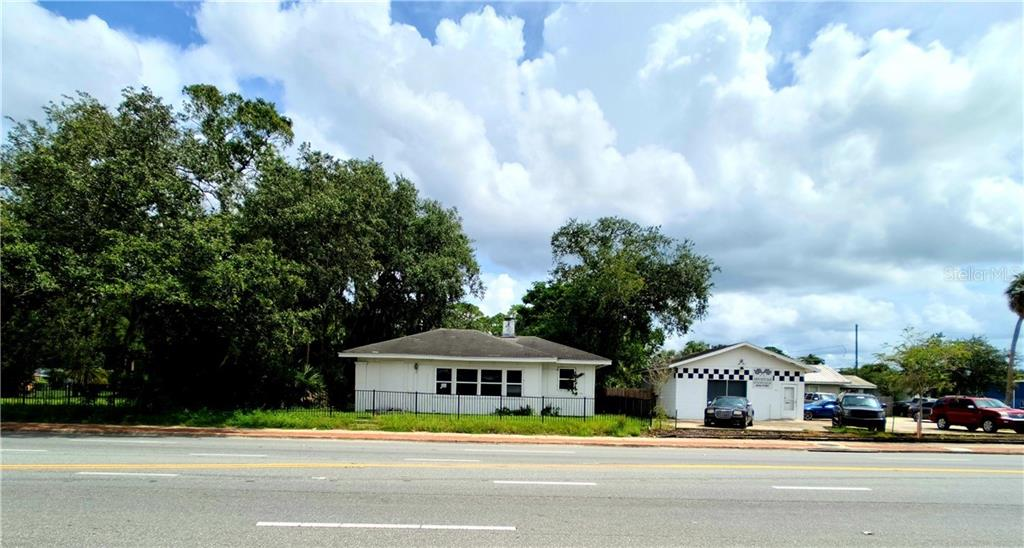 1109 S FRENCH AVENUE Property Photo