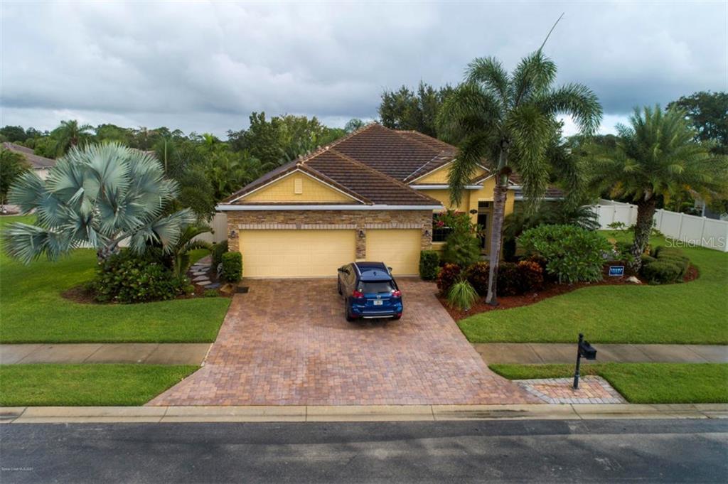 738 MANDALAY GROVE COURT Property Photo - MERRITT ISLAND, FL real estate listing