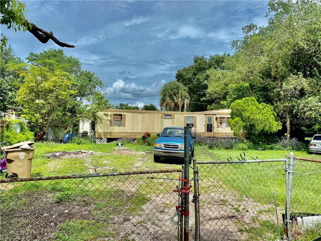 295 E MIAMI TERRACE Property Photo - KISSIMMEE, FL real estate listing
