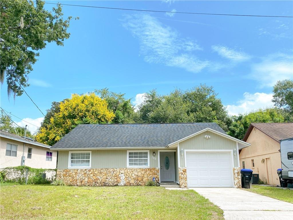 323 LUCILE WAY Property Photo