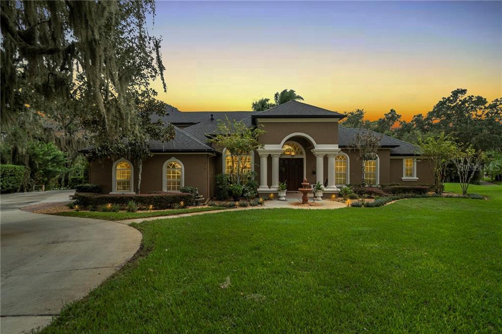 916 MILLS ESTATE PLACE Property Photo - CHULUOTA, FL real estate listing