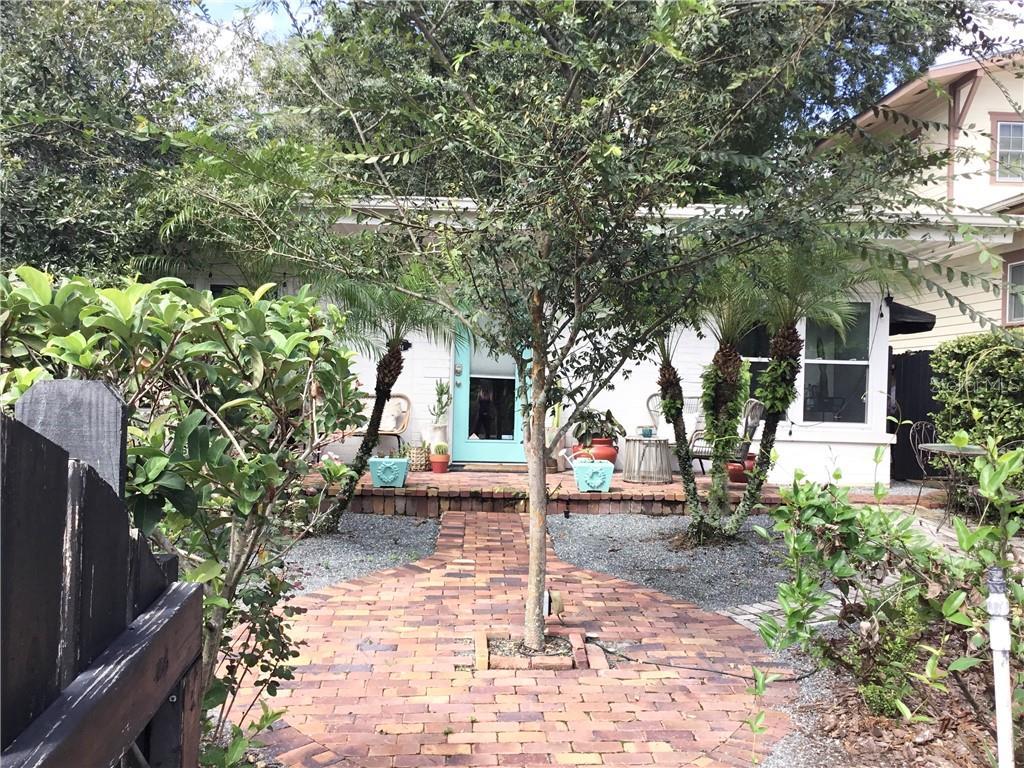 18 S THORNTON AVENUE Property Photo