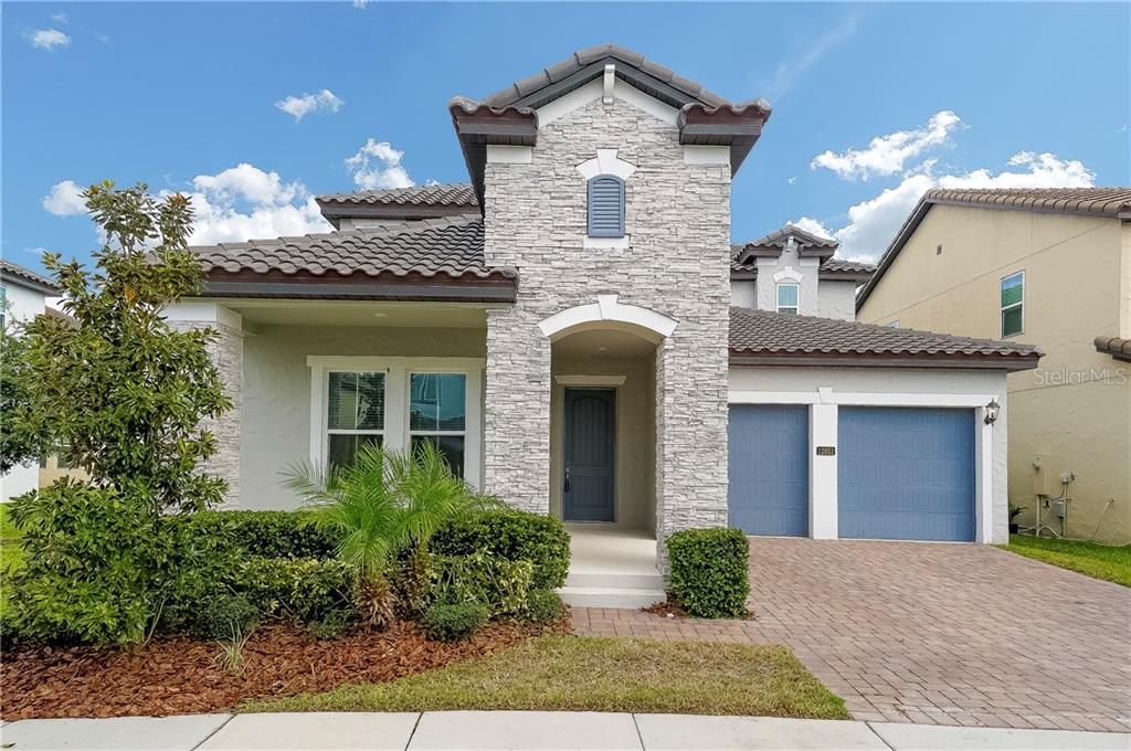 12851 WESTSIDE VILLAGE LOOP Property Photo - WINDERMERE, FL real estate listing