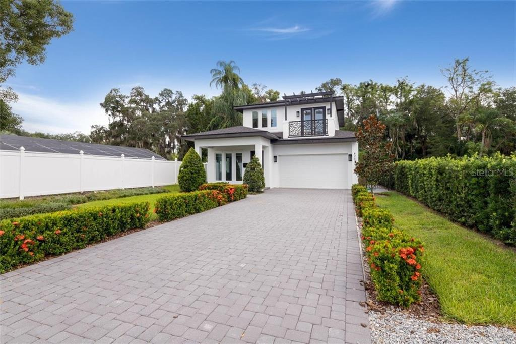 820 N LAKEMONT AVENUE Property Photo - WINTER PARK, FL real estate listing