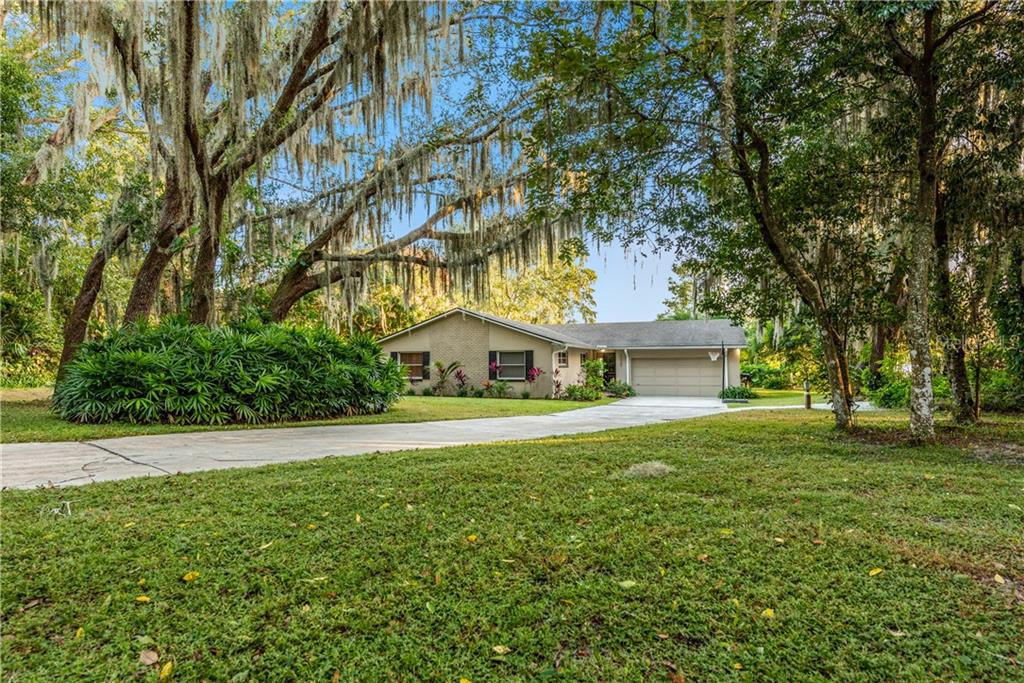 11520 EASTWOOD DRIVE Property Photo - ORLANDO, FL real estate listing