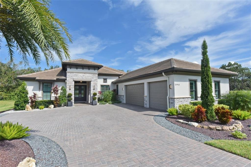 25963 HIGH HAMPTON CIRCLE Property Photo - SORRENTO, FL real estate listing