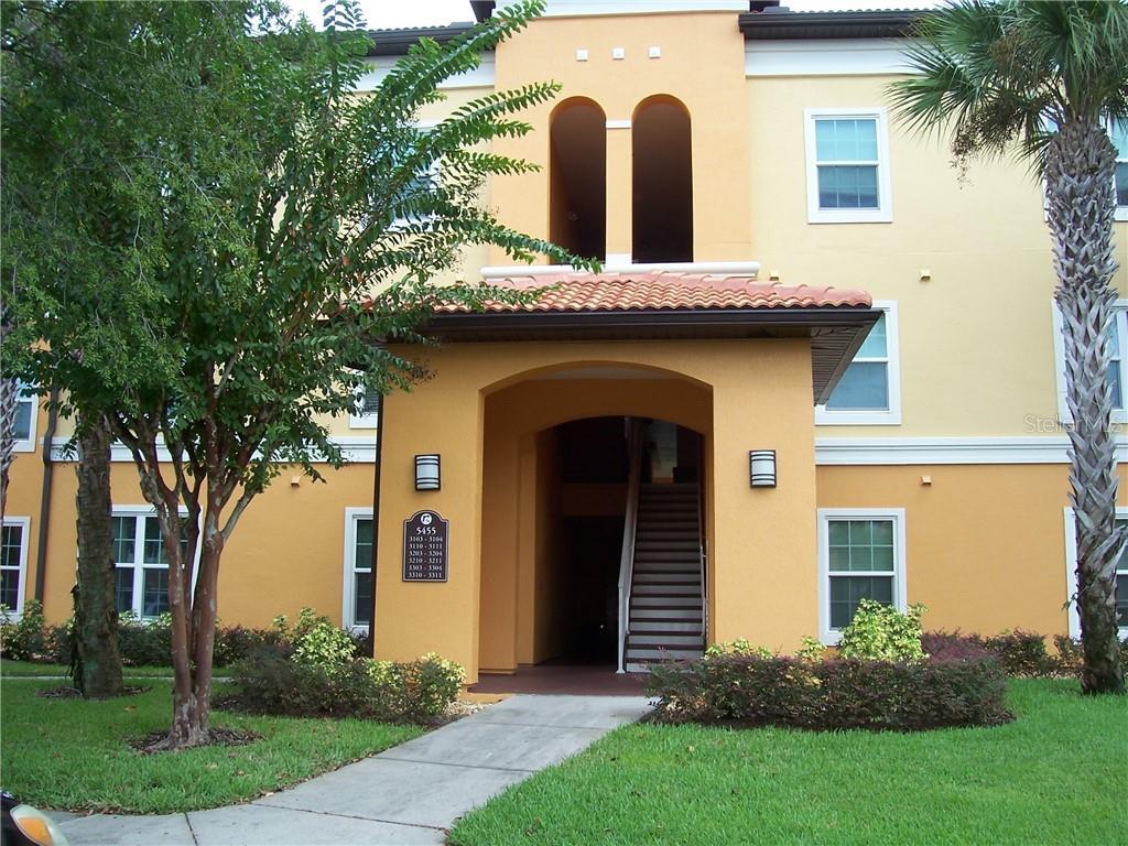 5455 Vineland Road #3304 Property Photo