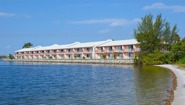 Palm Beach Real Estate Listings Main Image