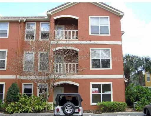8813 Villa View Circle #106 Property Photo