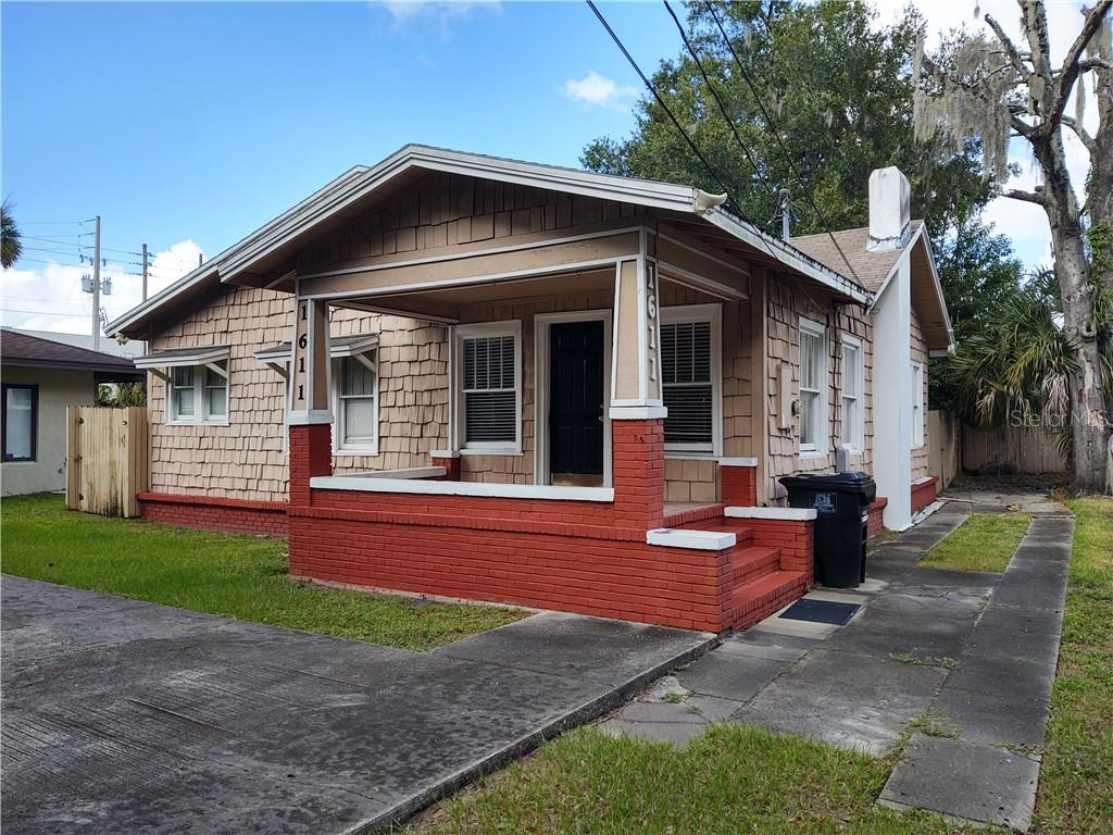 1611 Hillcrest Street Property Photo
