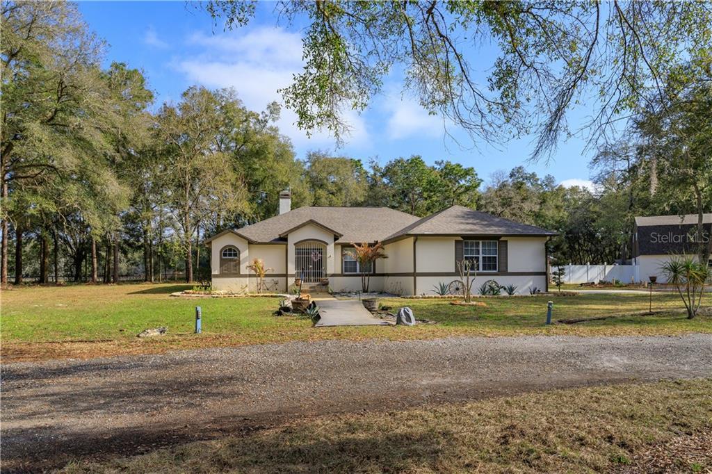10027 Cr 671 Property Photo