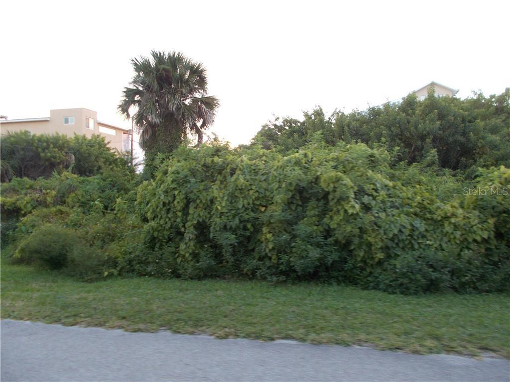 877 Grunion Avenue Property Photo