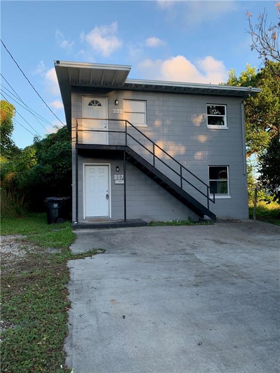 207 N Lee Avenue Property Photo