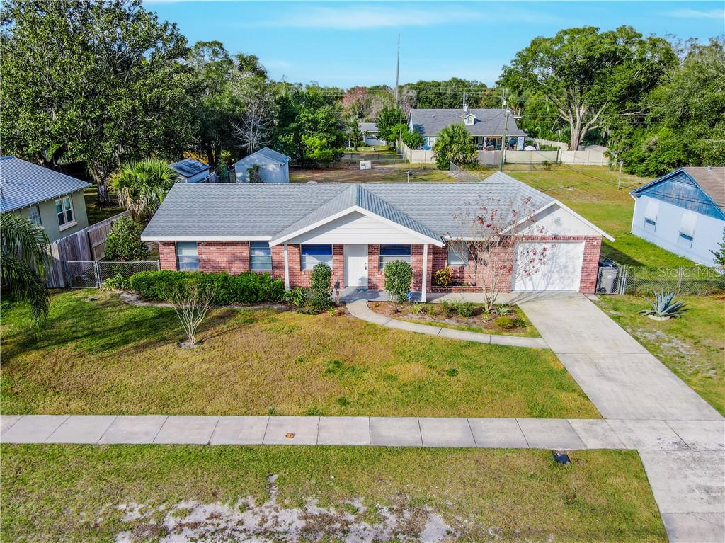 35 W Magnolia Street Property Photo