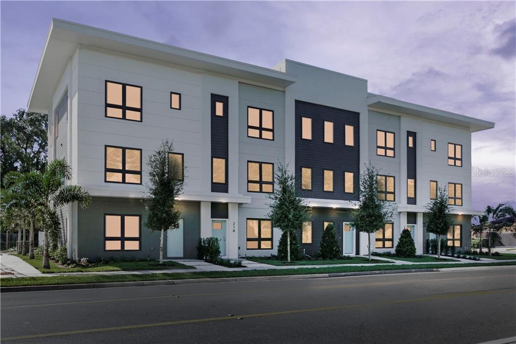 224 E Pineloch Avenue Property Photo