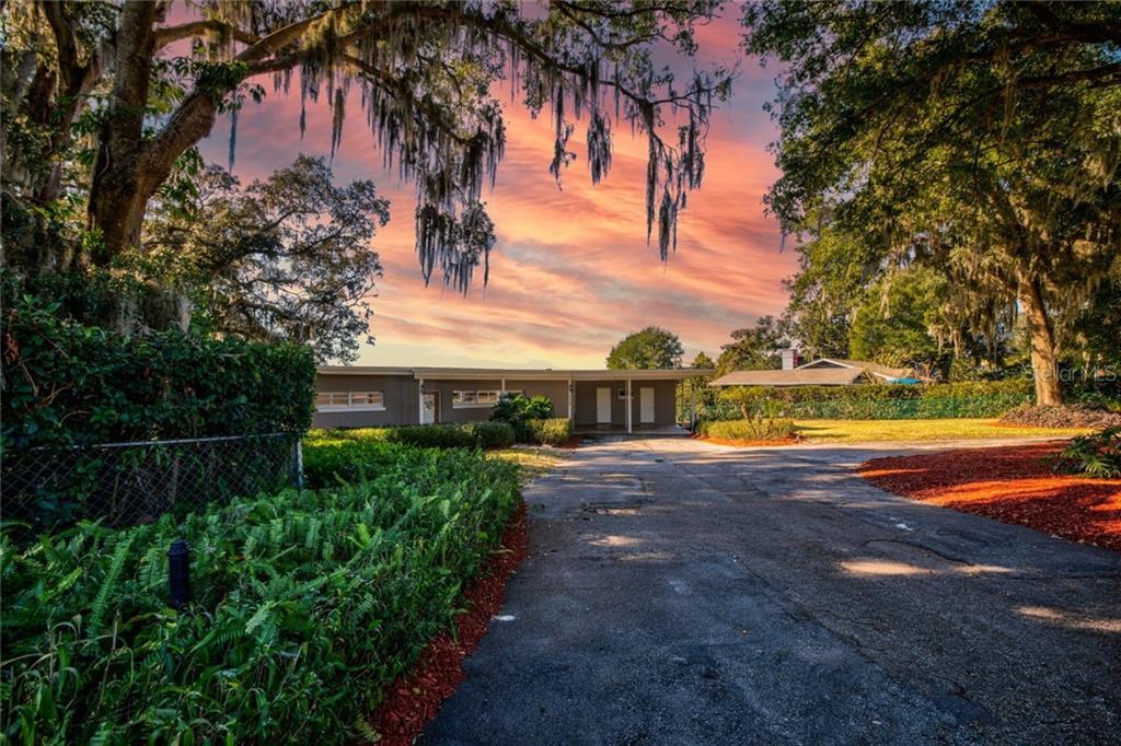 656 E 6TH AVENUE Property Photo - WINDERMERE, FL real estate listing