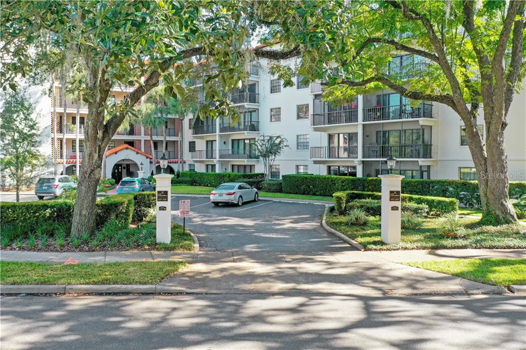 102 S INTERLACHEN AVE AVENUE #207 Property Photo - WINTER PARK, FL real estate listing