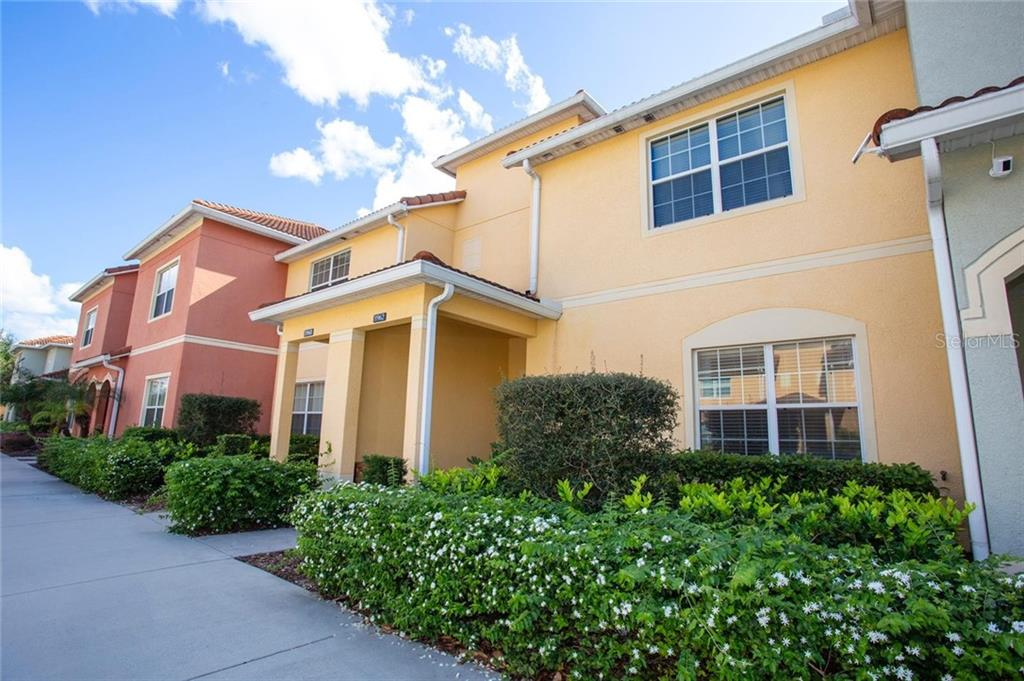 8962 California Palm Road Property Photo
