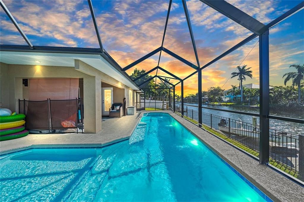 422 SKYLARK BOULEVARD Property Photo - SATELLITE BEACH, FL real estate listing