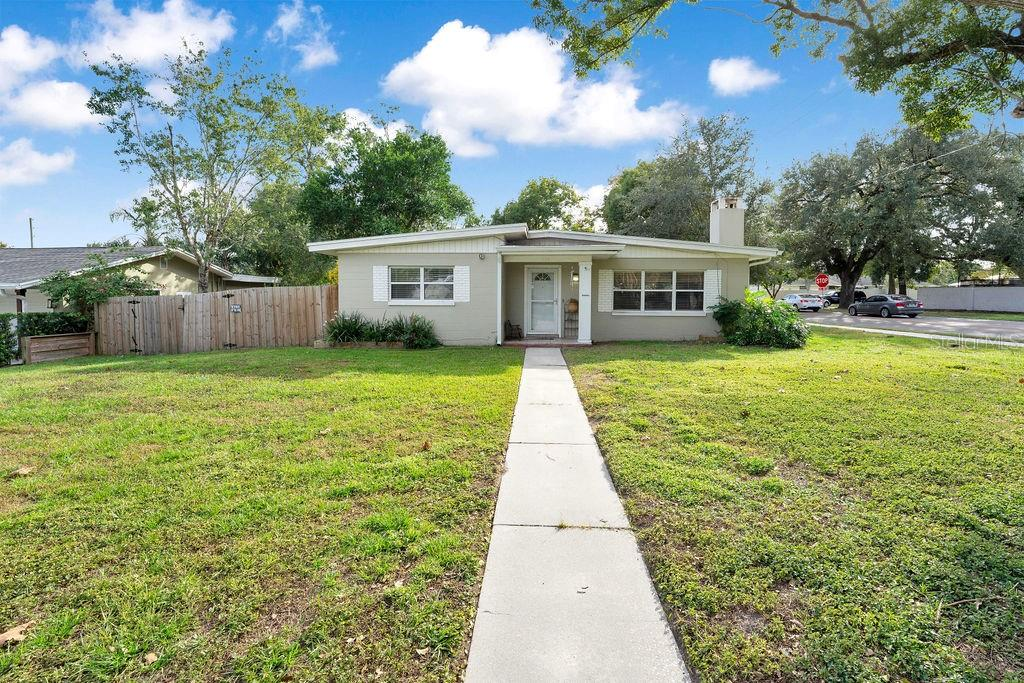 1502 Campbell Avenue Property Photo