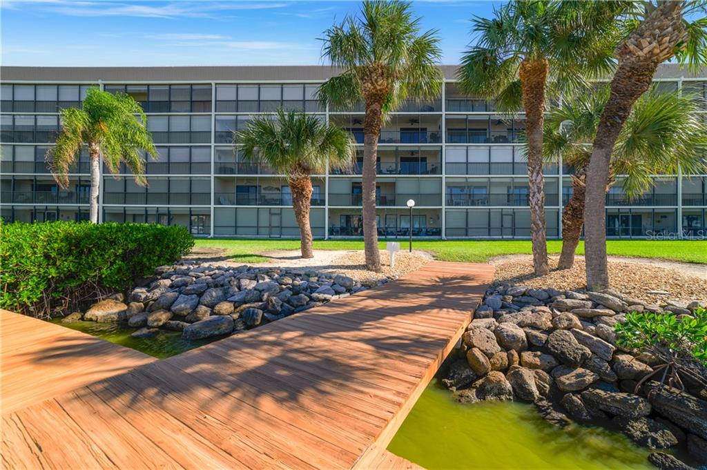 3873 S BANANA RIVER BOULEVARD #307 Property Photo - COCOA BEACH, FL real estate listing