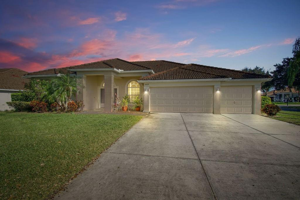 6439 MONTCLAIR BLUFF LANE Property Photo - WINDERMERE, FL real estate listing