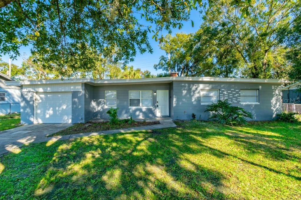 4205 Chantelle Road Property Photo