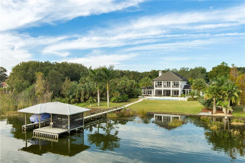 250 LAKESHORE POINTE BOULEVARD Property Photo - MOUNT DORA, FL real estate listing