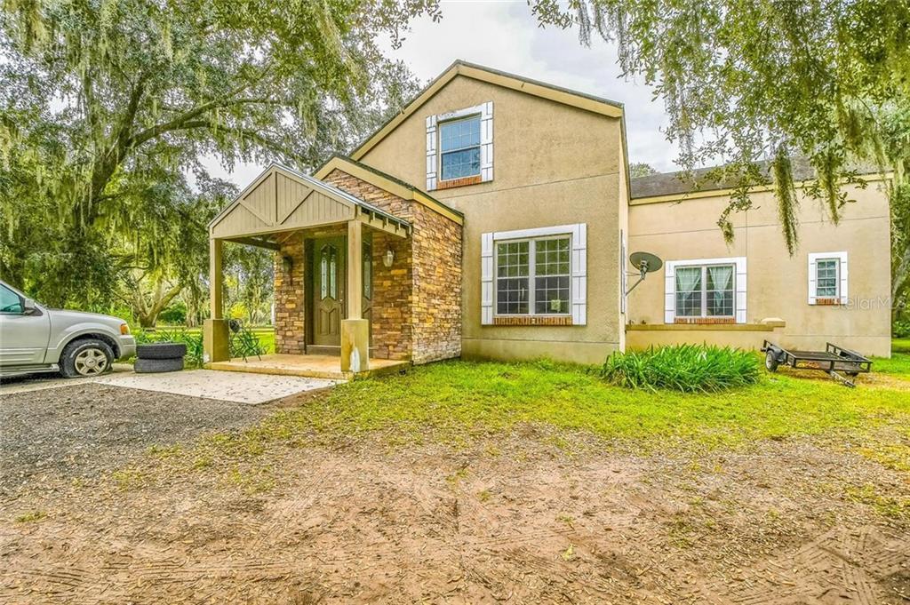 3200 Great Oaks Boulevard Property Photo 1