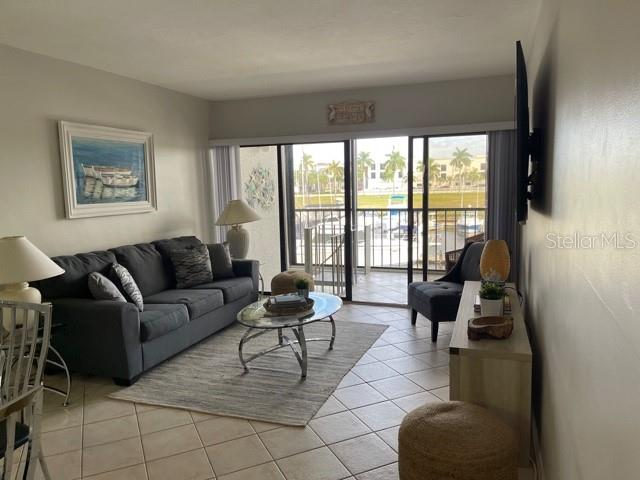 803 RIVER POINT DRIVE #107B Property Photo - NAPLES, FL real estate listing