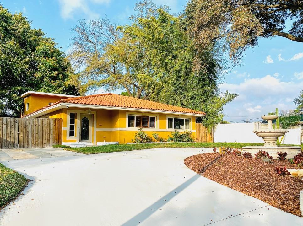 6213 12TH AVENUE S Property Photo - GULFPORT, FL real estate listing