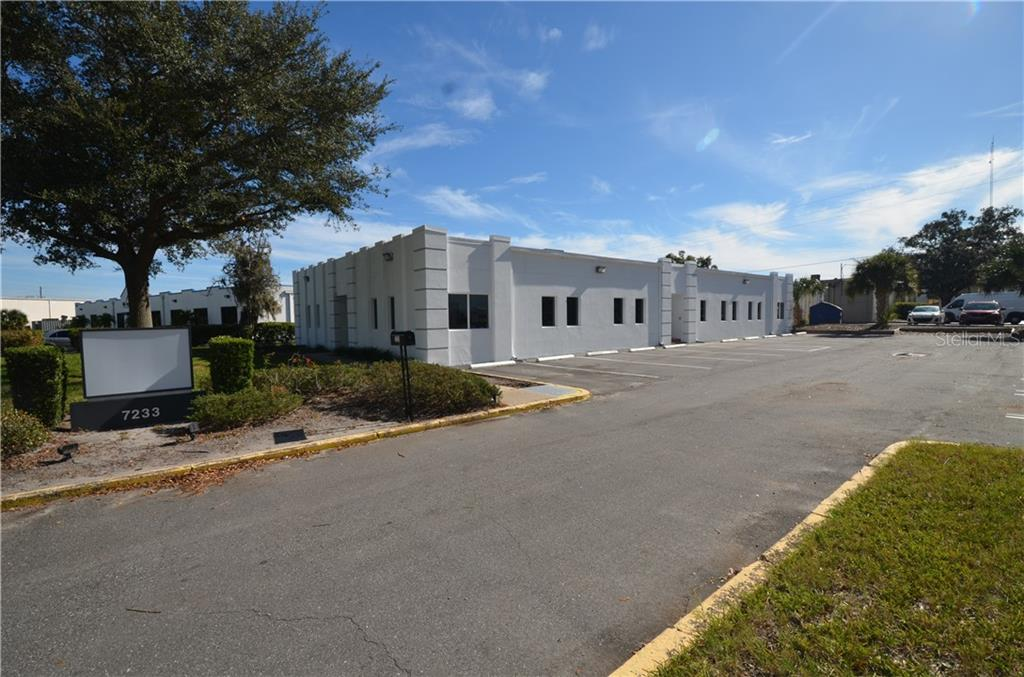 7233 Lake Ellenor Drive Property Photo