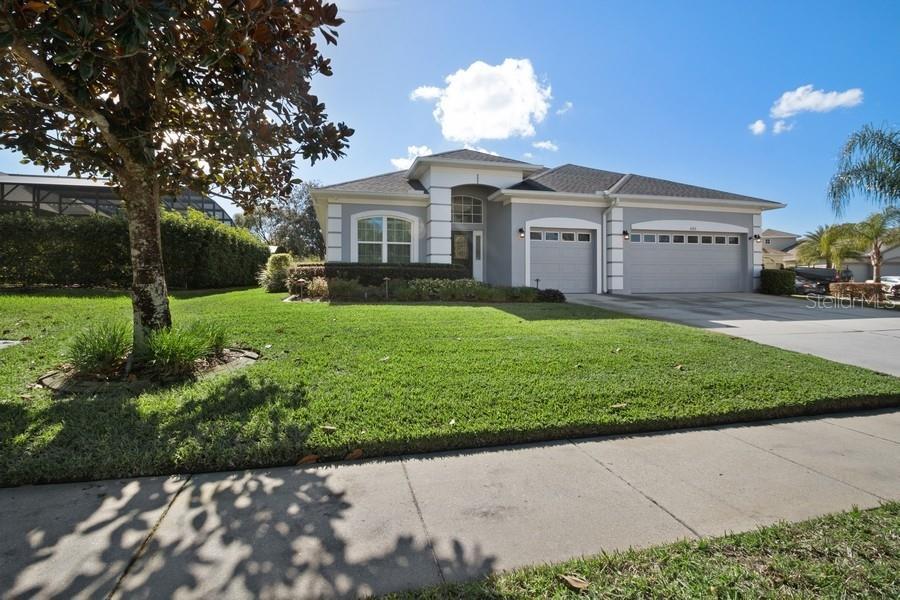 433 Woodford Drive Property Photo
