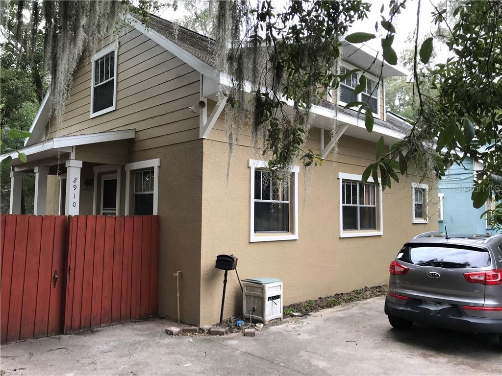 2910 E Washington Street Property Photo