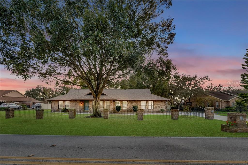 565 Summerhaven Drive Property Photo