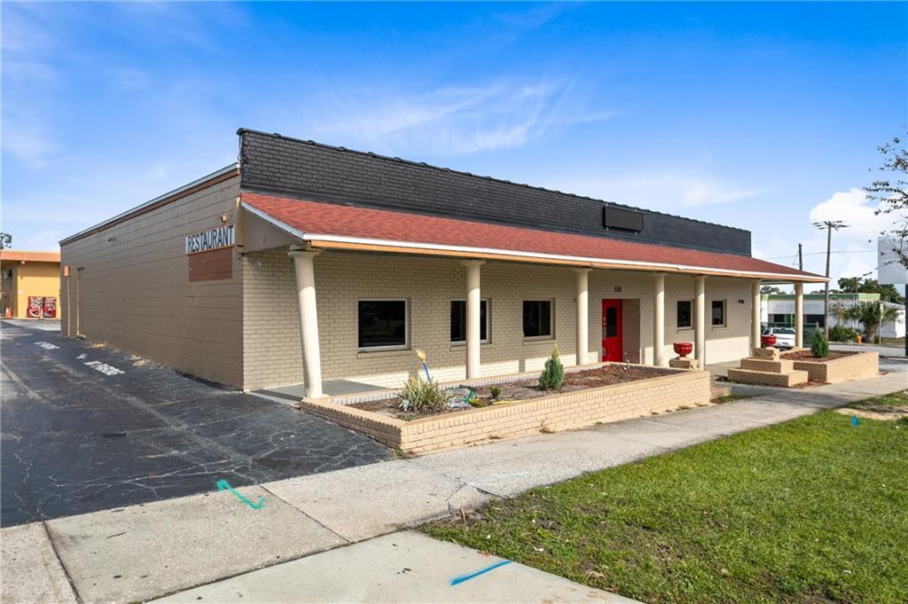 518 E MEMORIAL BOULEVARD Property Photo - LAKELAND, FL real estate listing