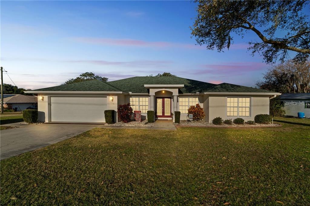 1396 LUCERNE LOOP ROAD NE Property Photo - WINTER HAVEN, FL real estate listing