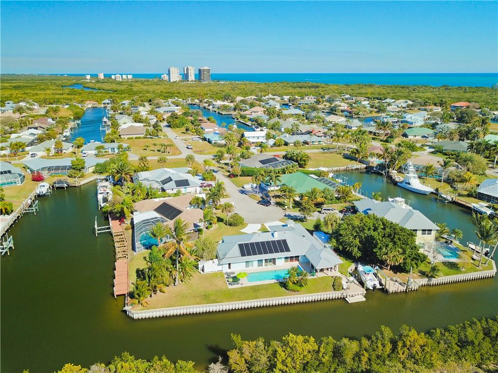 113 QUEEN CATHERINA COURT Property Photo - HUTCHINSON ISLAND, FL real estate listing