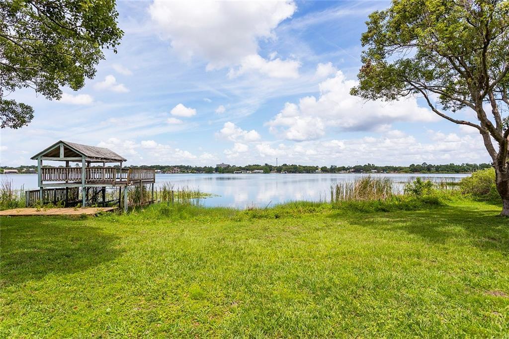 413 PRAIRIE LAKE DRIVE Property Photo - FERN PARK, FL real estate listing